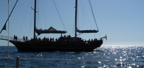 Mogan tourist boat